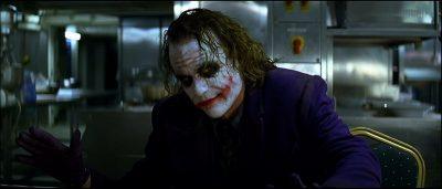 شاهد بالفيديو السر وراء عبقرية وبراعة شخصية الجوكر في فيلم The Dark Knight!!